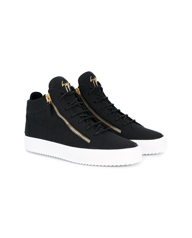 fb46ba39e4354 GIUSEPPE ZANOTTI Side Zip Leather Sneakers. #giuseppezanotti #shoes # sneakers