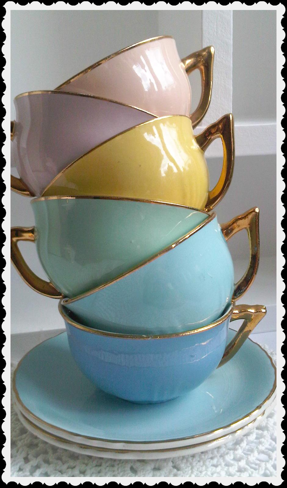 Pretty cups Coffee mugs with logo, Ceramic plates