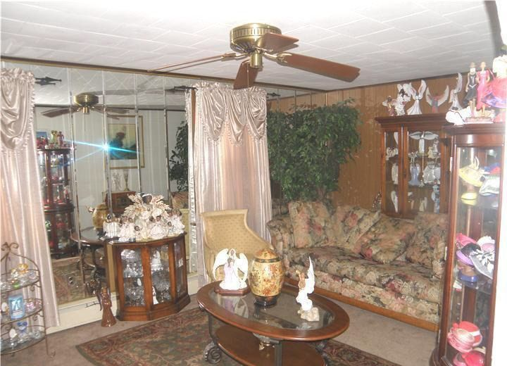 ugly rooms | ugly hideous tacky gaudy living room decor ...