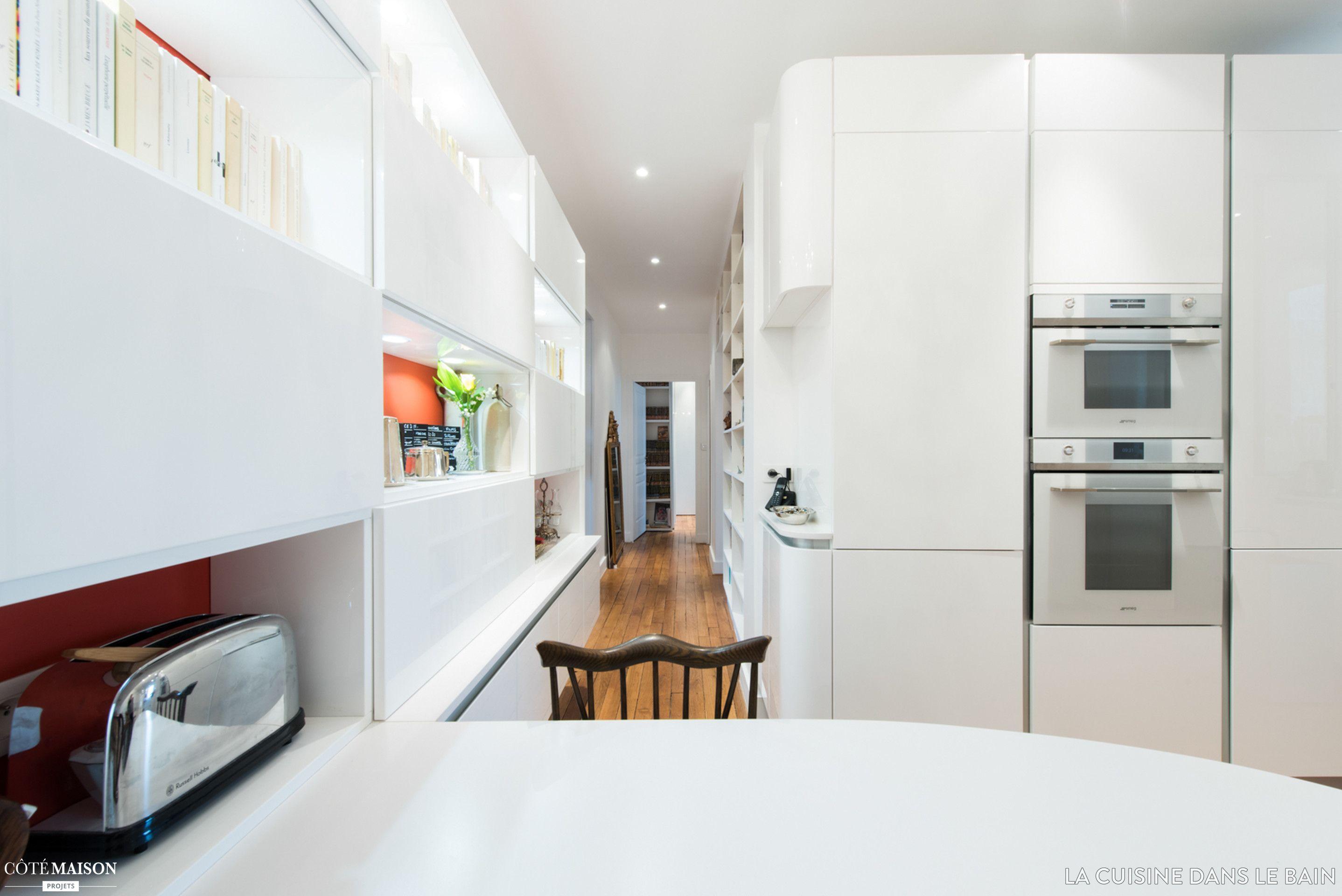 une cuisine ouverte design et sur mesure sk concept la cuisine dans le bain architecte