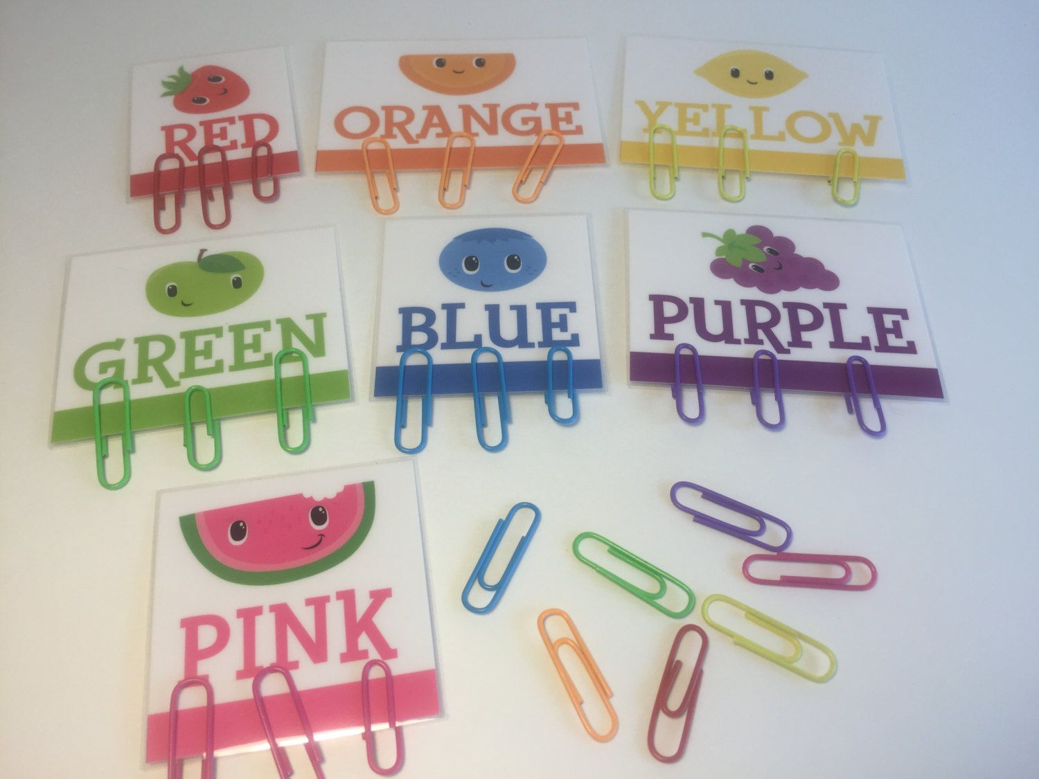 Toddler color learning games - Paperclip Color Matching Color Learning Busy Bag Montessori Montessori Toddler Preschool Learning
