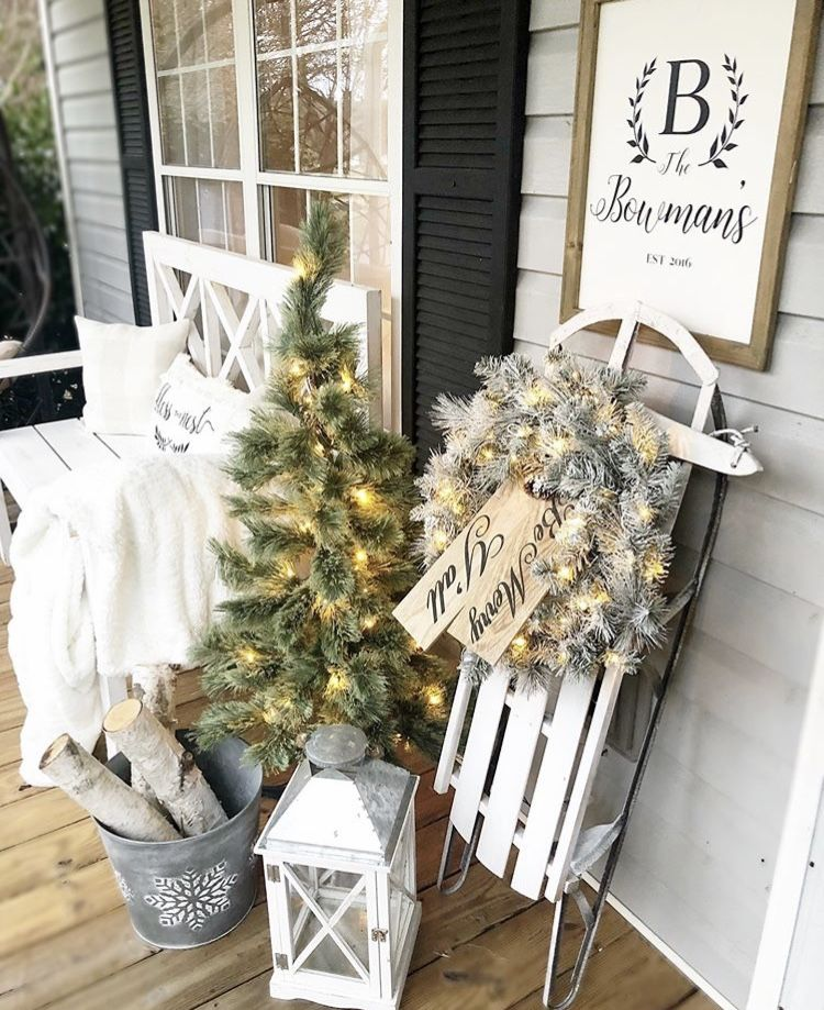 Festive Christmas Decorating Ideas For Porches Christmas Porch Decor Christmas Decorations Diy Outdoor Front Porch Christmas Decor