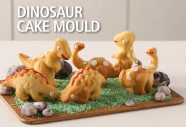 This 3D Dinosaur Cake Mold Bakes Up Your Favorite Dinos Dinosaur