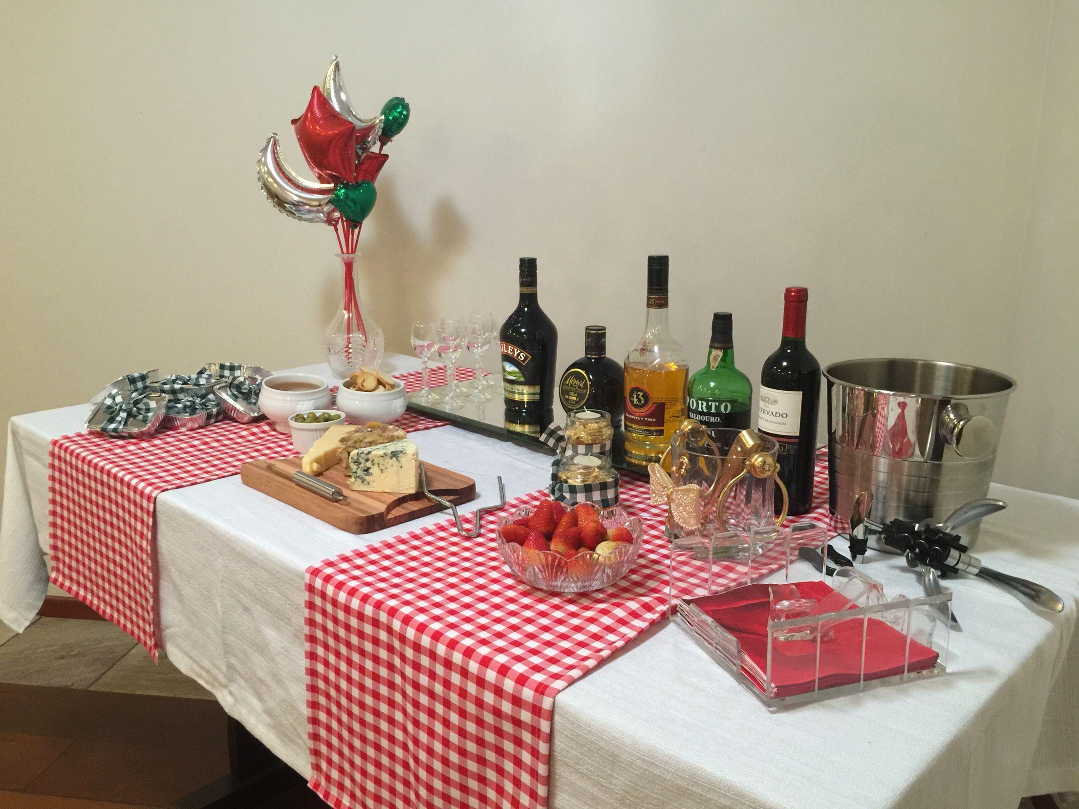 Decora o italiana mesa das bebidas decora o de mesa - Adornos para bebes ...