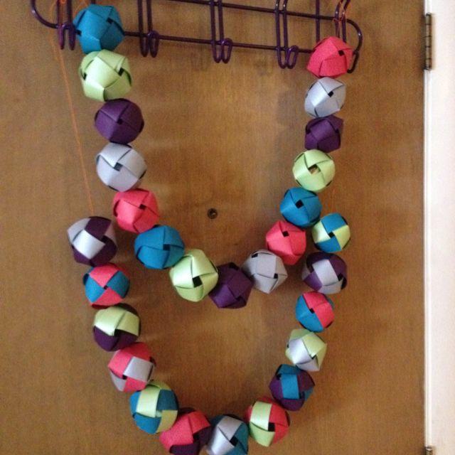 pintrest paper balls   My Woven paper ball garland   Crafty Gallery