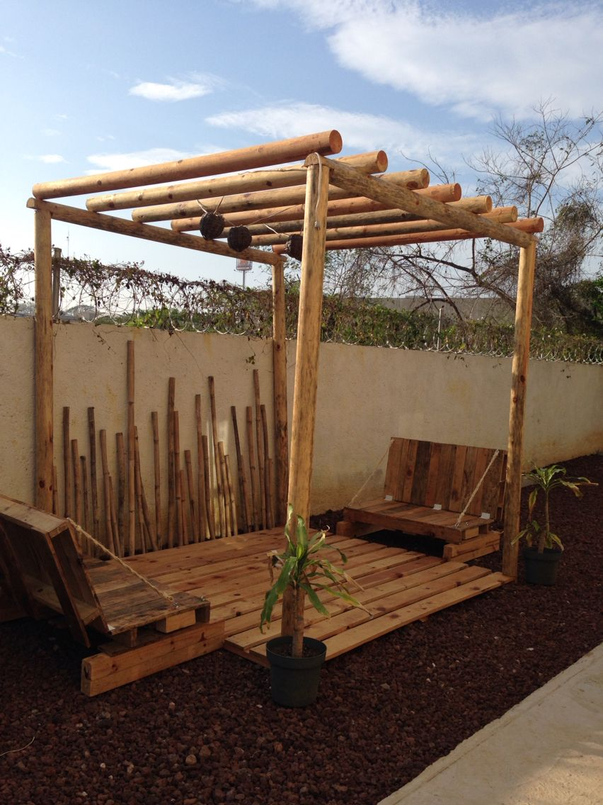 Pergola Con Palets Bamboo Y Madera Jardin Pinterest