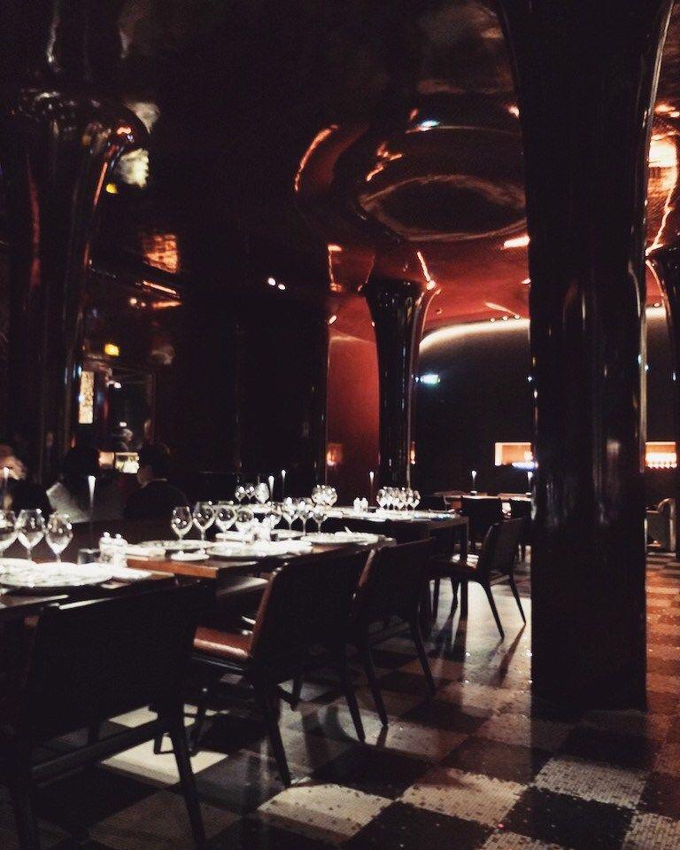 La d co du restaurant la salle manger de l 39 h tel les bains paris restaurant by nolife - La salle a manger paris ...