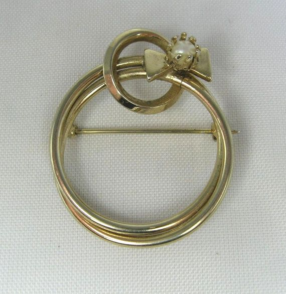 Vintage Circle Brooch Faux Pearl Accent by TheFashionDen on Etsy, $7.00