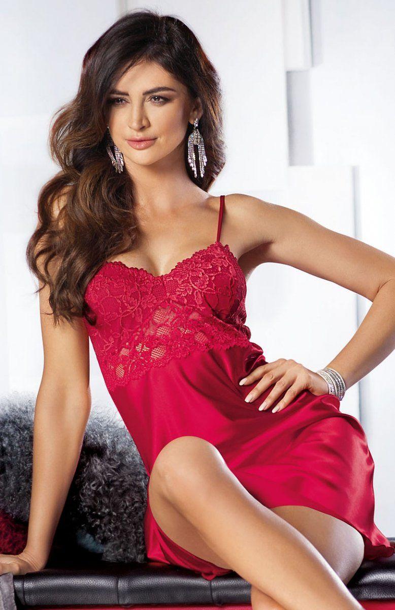 a86927f736e945 Donna Venus koszulka czerwona Wyjątkowa satynowa koszulka nocna w pięknym  ogniście czerwonym kolorze, uszyta została z ekskluzywnej satynowej  dzianiny, ...