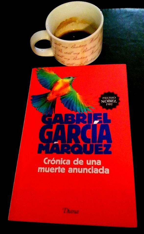 Despertando con un buen libro y un delicioso Cafécito