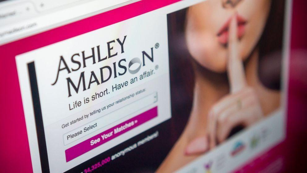 Ashley Madison oferece até 3500 dólares aos afetados por