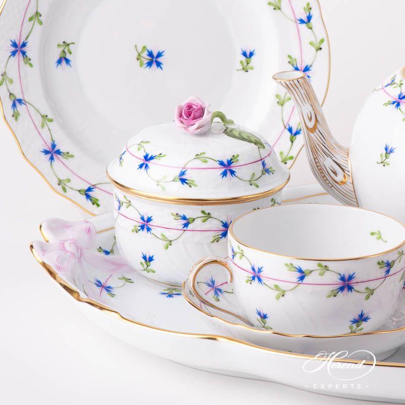 Tea Set for 2 People - Cornflower Blue Garland | Herend Experts #teasets