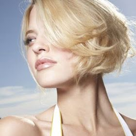 Astuces pour blondir ses cheveux naturellement