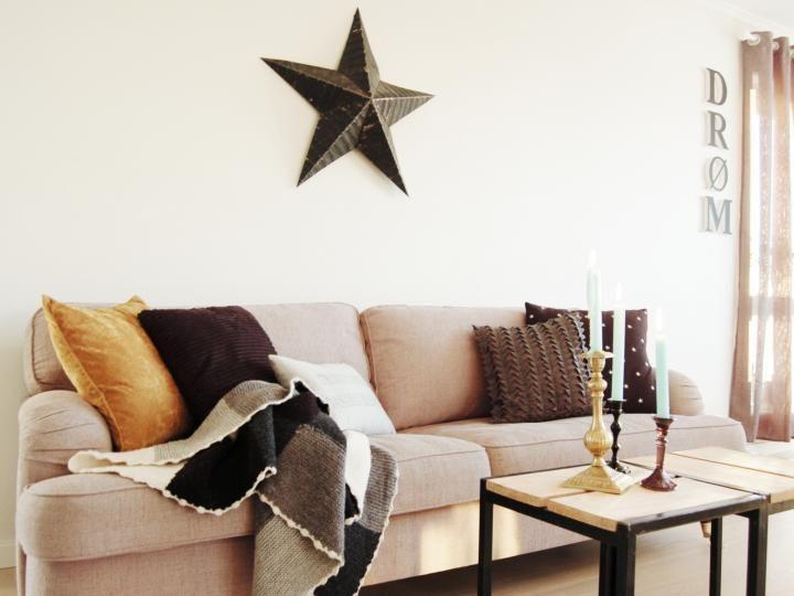 Un sal n con muebles oscuros y tonos marrones muebles pinterest muebles oscuros marr n y - Salones con muebles oscuros ...