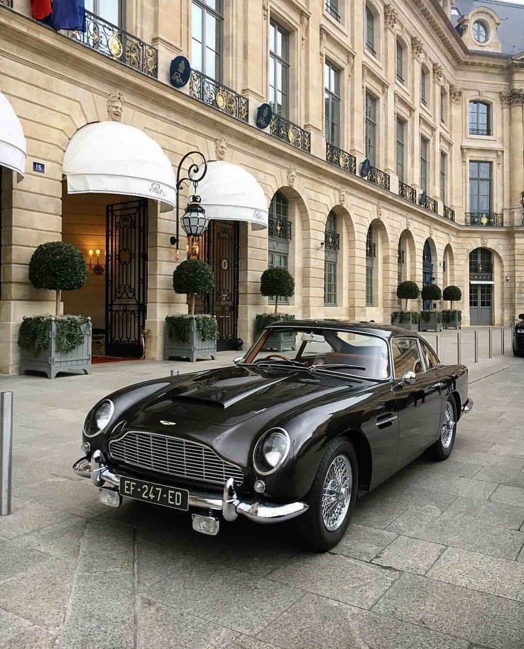 pin by jes emkay on automobiles aston martin cars classic cars rh pinterest com