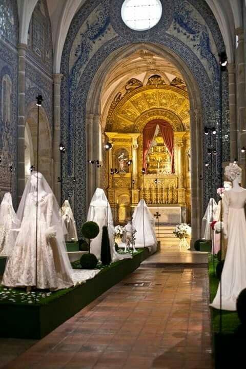 Exposición de novias de Givenchy