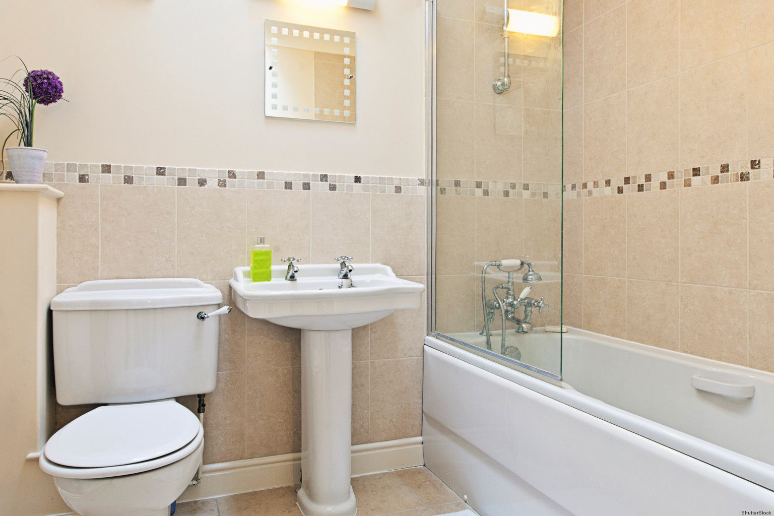 Best ways to clean a bathroom - The Best Ways To Spring Clean Your Bathroom