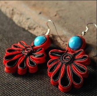 make Chinese traditional earrings with fabric and beads