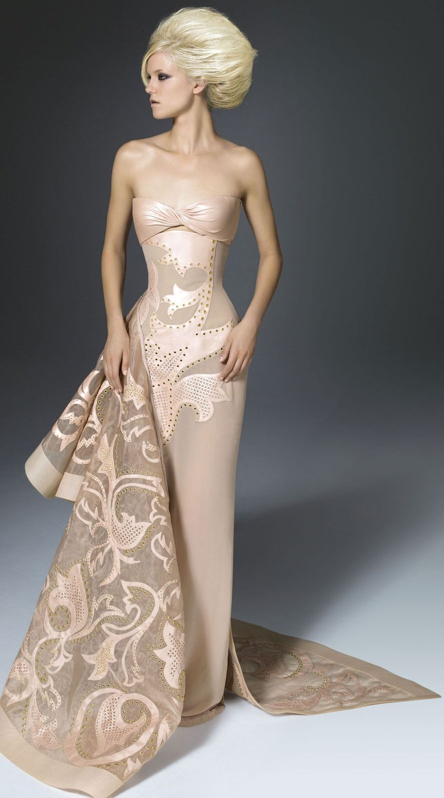 Fashion week Evening versace gowns for lady