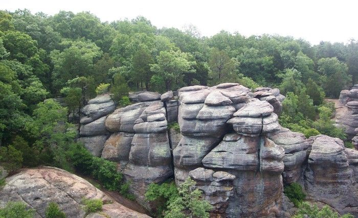 2. Garden of the Gods - 11 Incredible Hikes Under 5 Miles Everyone in Illinois Should Take