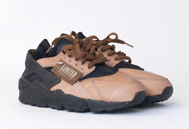 competitive price 322f5 c8b06 NIKE AIR HUARACHE LE TOADSTOOL-BLACK-CHESTNUT BROWN (1992 Limited Edition)