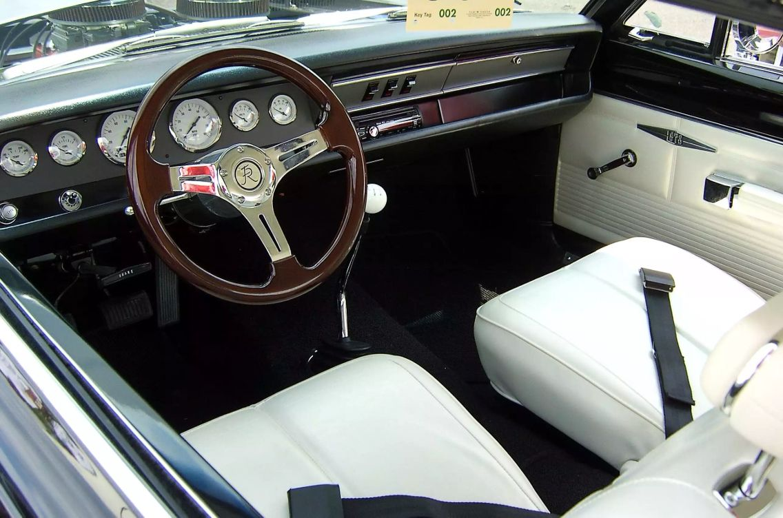 Nice Dash Not Too Modern Custom Car Interior Chevy Camaro Custom Muscle Cars