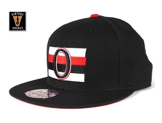 outlet store c28df 4b405 MITCHELL   NESS x NHL「Ottawa Senators XL logo」Fitted Baseball Hat
