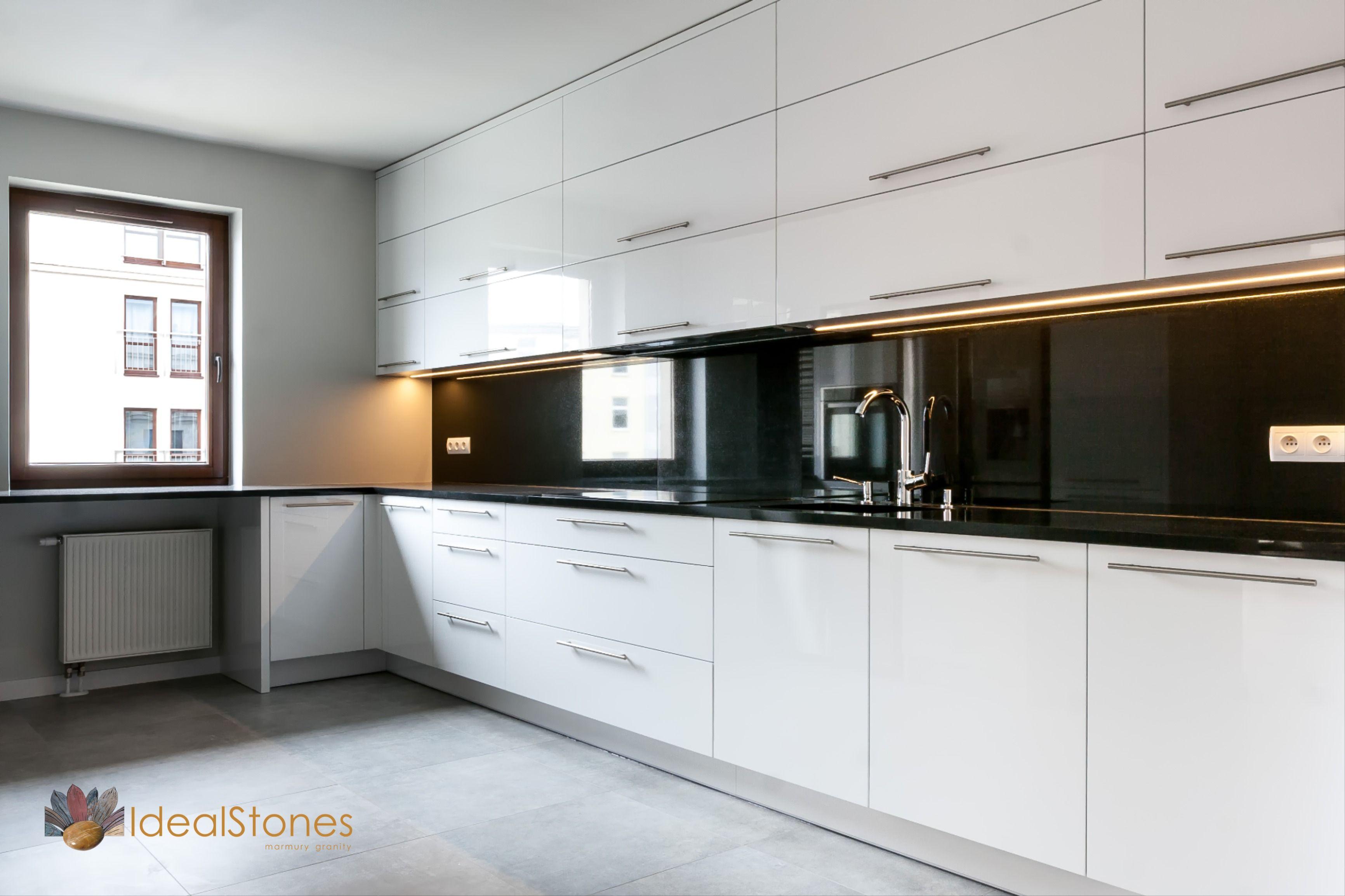 Blat Kamienny Granitowy I Panel Scienny W Kolorze Czarnym Z Kamienia Naturalnego Do Kuchni Kitchen Home Decor Decor