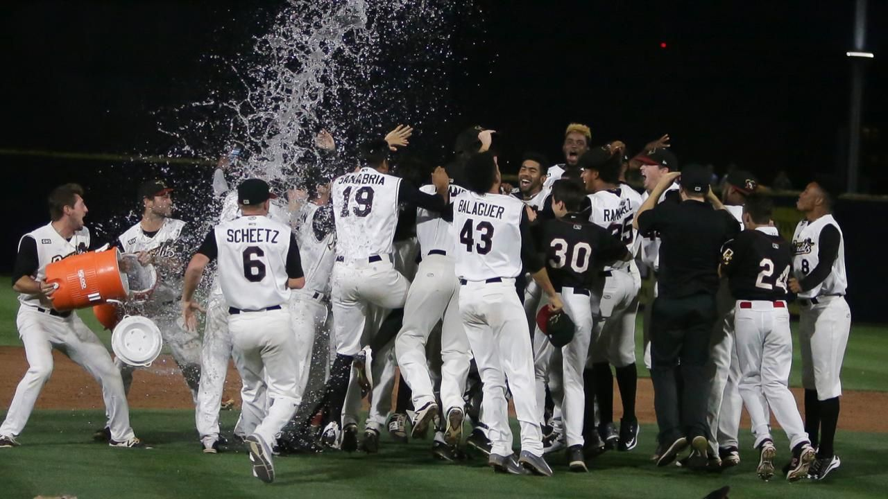 Bandits win third Midwest title in seven years