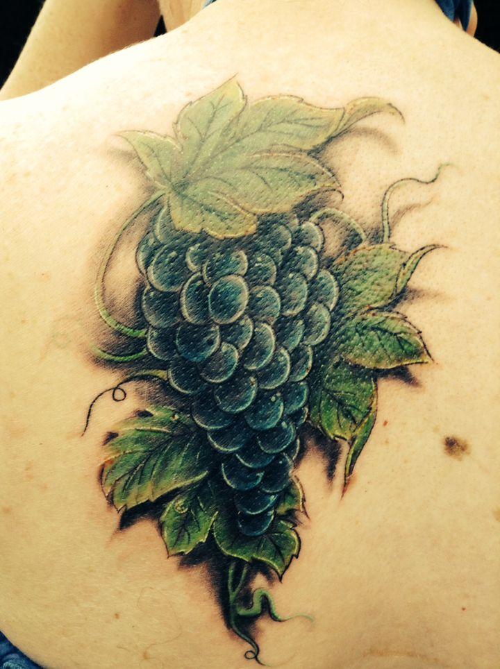 gallery for grape tattoo tattoos pinterest vine tattoos tattoo and tatting. Black Bedroom Furniture Sets. Home Design Ideas