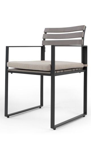 The Catania Chair in Polywood. A minimalist design to enhance the ...