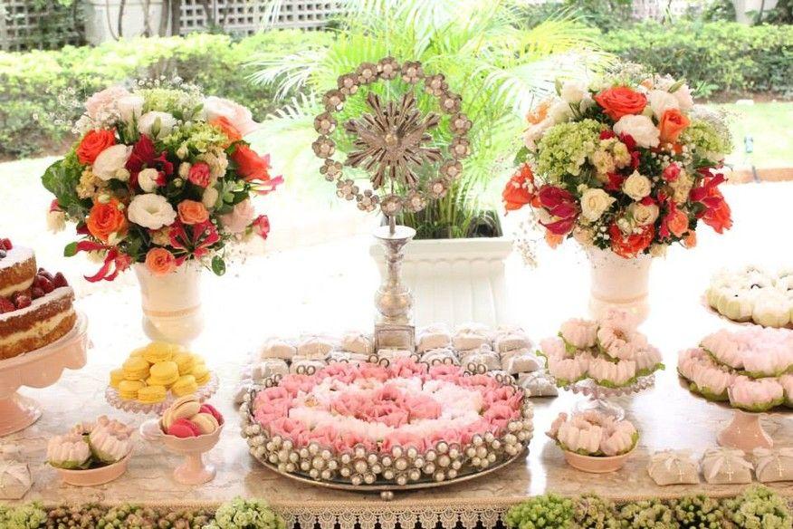 Batizado se tornou motivo para celebrar ato religioso com uma grande festa. Inspire-se nas decorações