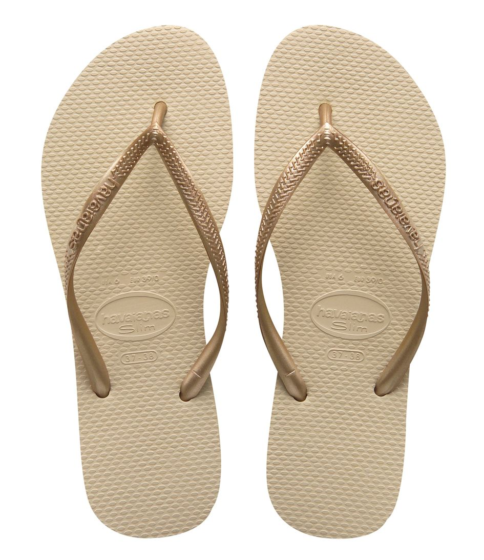 d2c57c7f6d9b De Flipflops Slim van Havaianas in de kleur Sand Grey Light Golden (€25