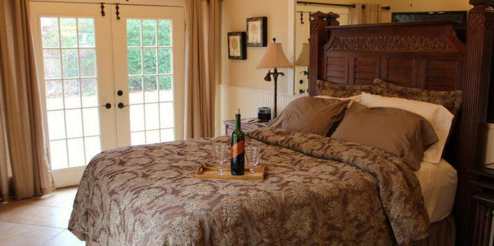Garden manor bed and breakfast grapevine