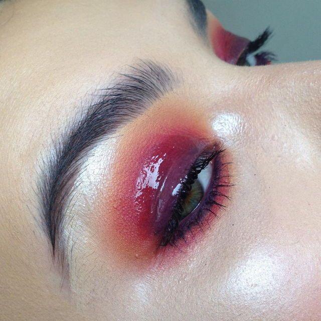 Tumblr Glossy Makeup Red Eye Makeup Glossy Eyes
