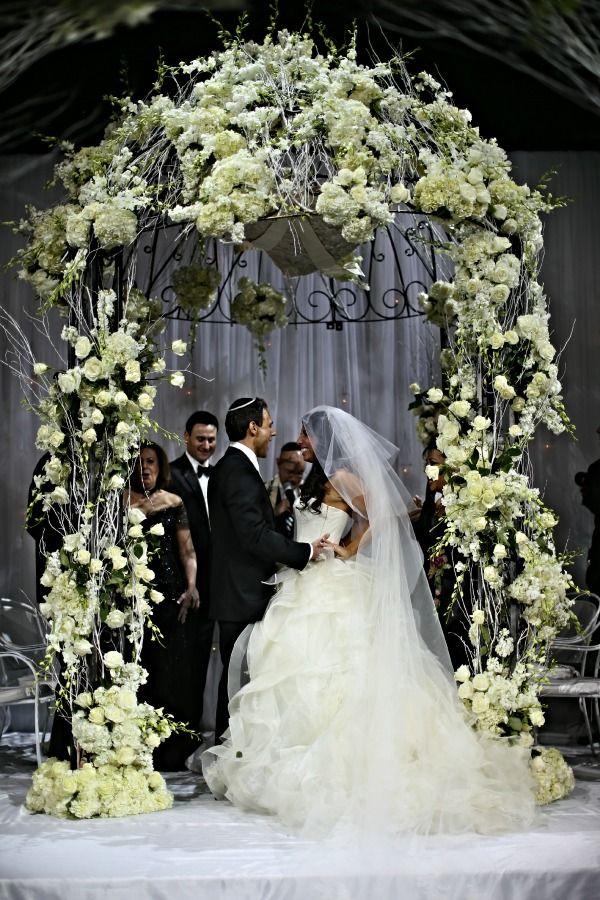 winter wonderland wedding south africa%0A Winter Wonderland Jewish Wedding at Capitale NYC