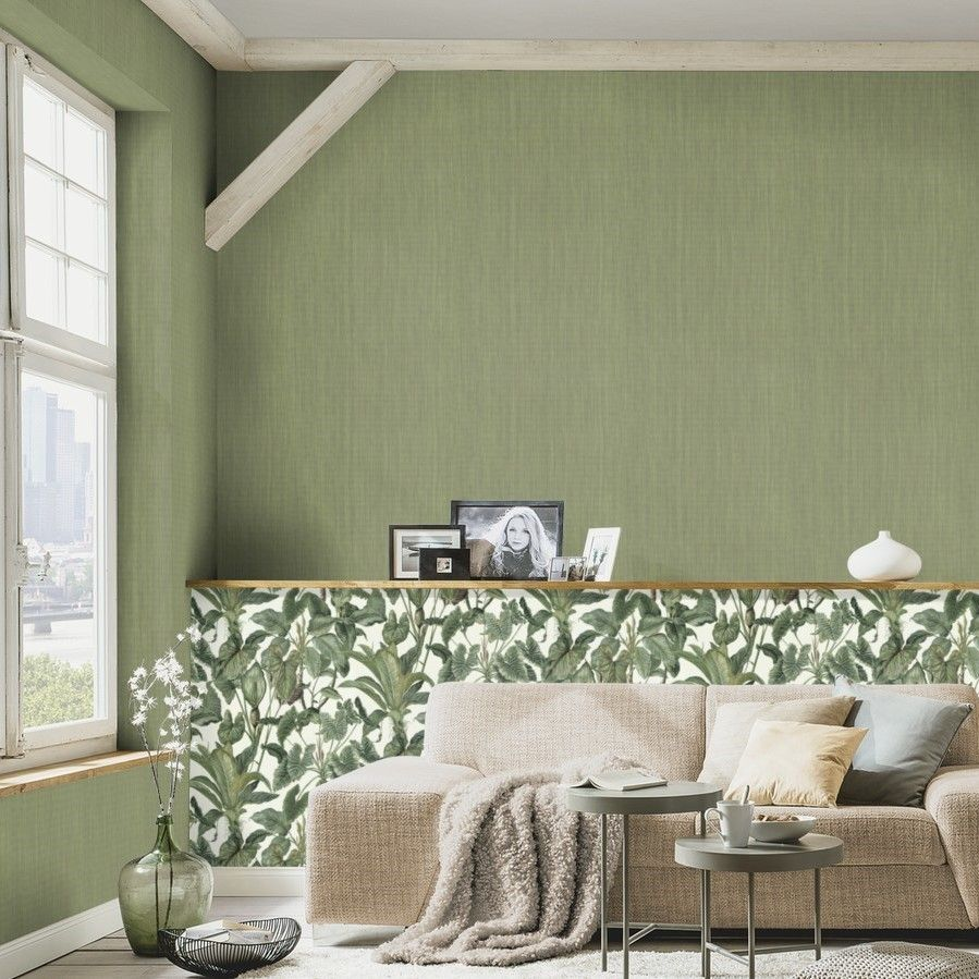 Green Grasscloth Wallpaper on a Paste the Wall Vinyl 6309