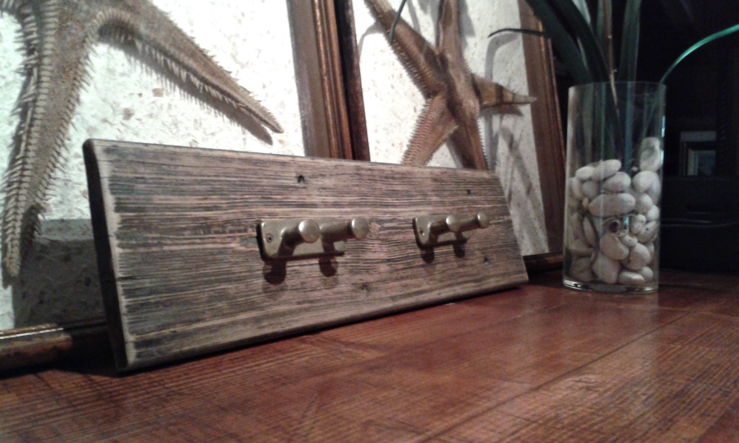 wooden hanger for recovery with vintage brass cleats