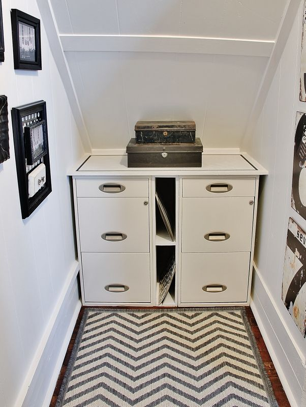 Under Stair Office Reveal – Thistlewood Farm