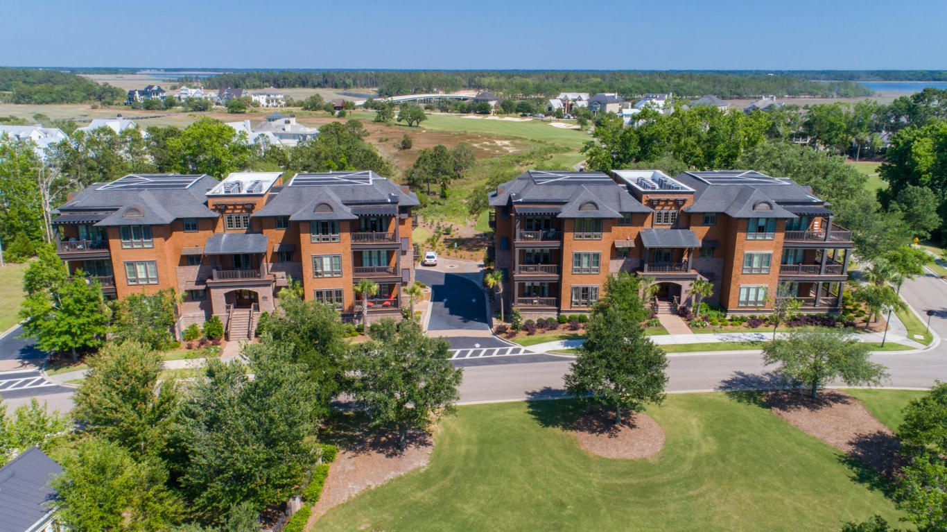 Myrtle Beach Condo For Sale Amazing View Of Myrtlewood Golf Course 4 Myrtle Beach Condos Beach Condo Condos For Sale