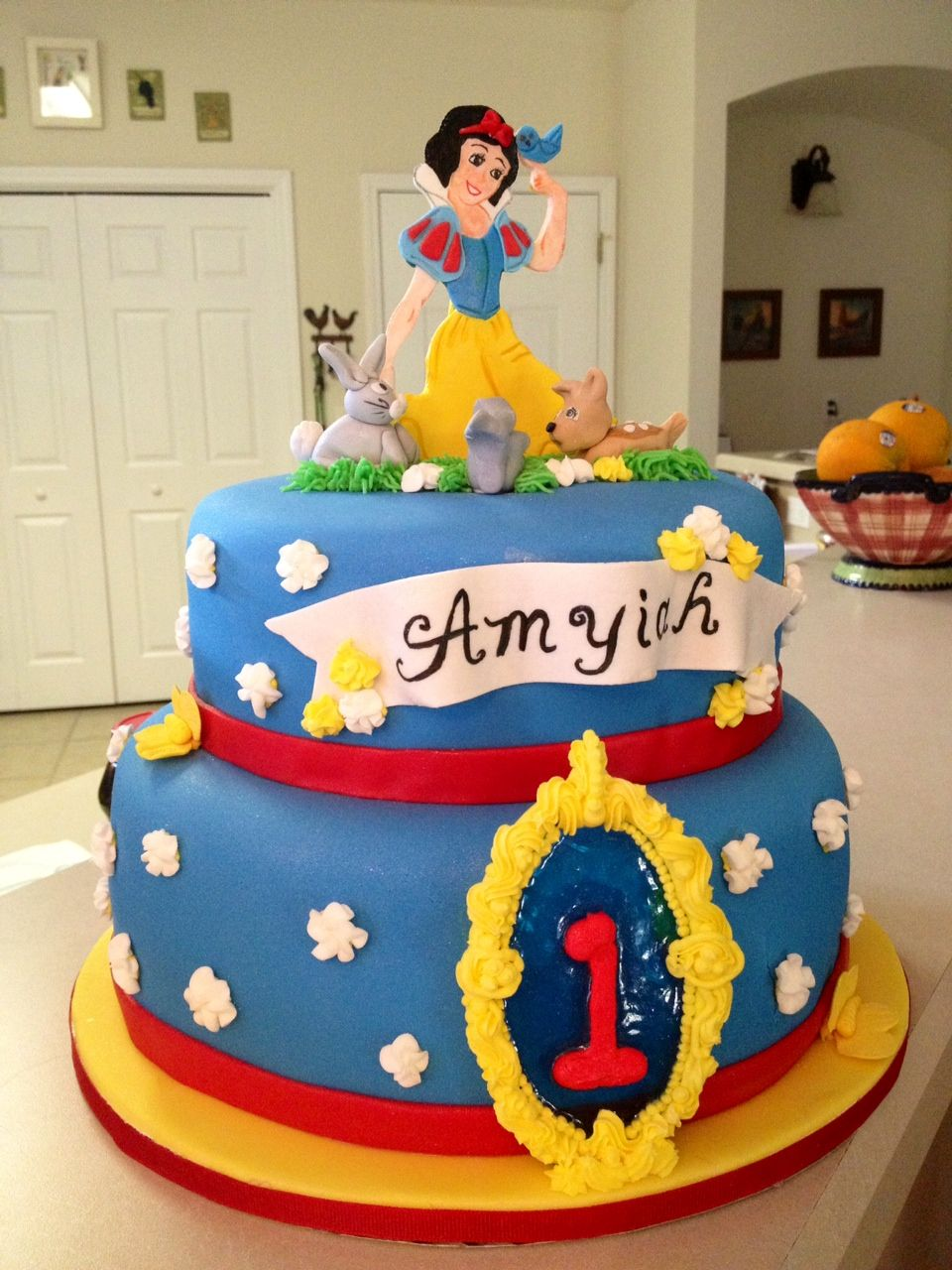 Surprising Snow White 1St Birthday With Images Birthday Snow White Funny Birthday Cards Online Alyptdamsfinfo