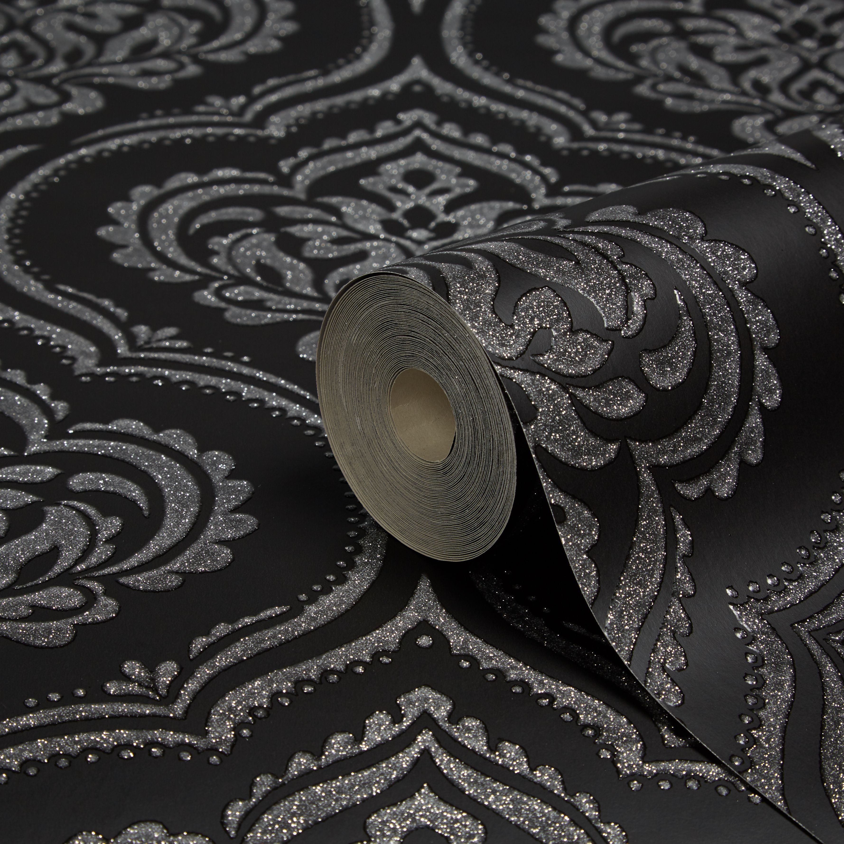 Fine Décor Ornamental Black Damask Glitter Effect