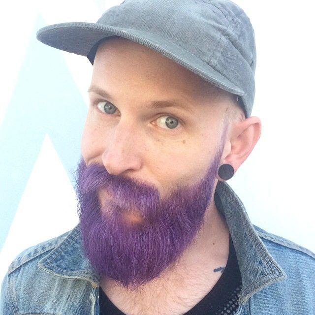 LA FIN! @beastme rocks it best! #coloredbeard #beardsofig #edosalon #purplehair #pravanavivids #dyedbeard #purpallday #modernsalon