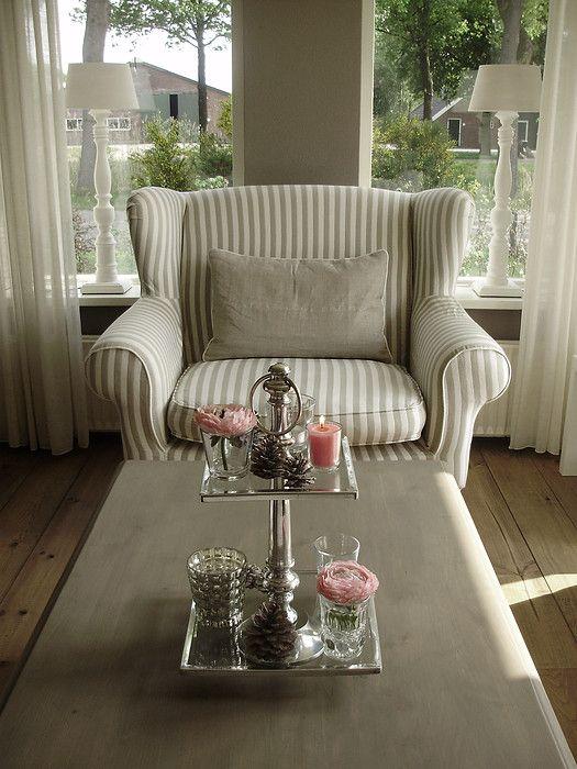 Riviera Maison Love Seat; de roze accessoires hadden weggelaten ...