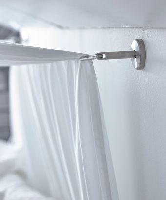 DIGNITET Stahlseil aus Edelstahl über einem Bett zur Befestigung - dachschrge vorhang