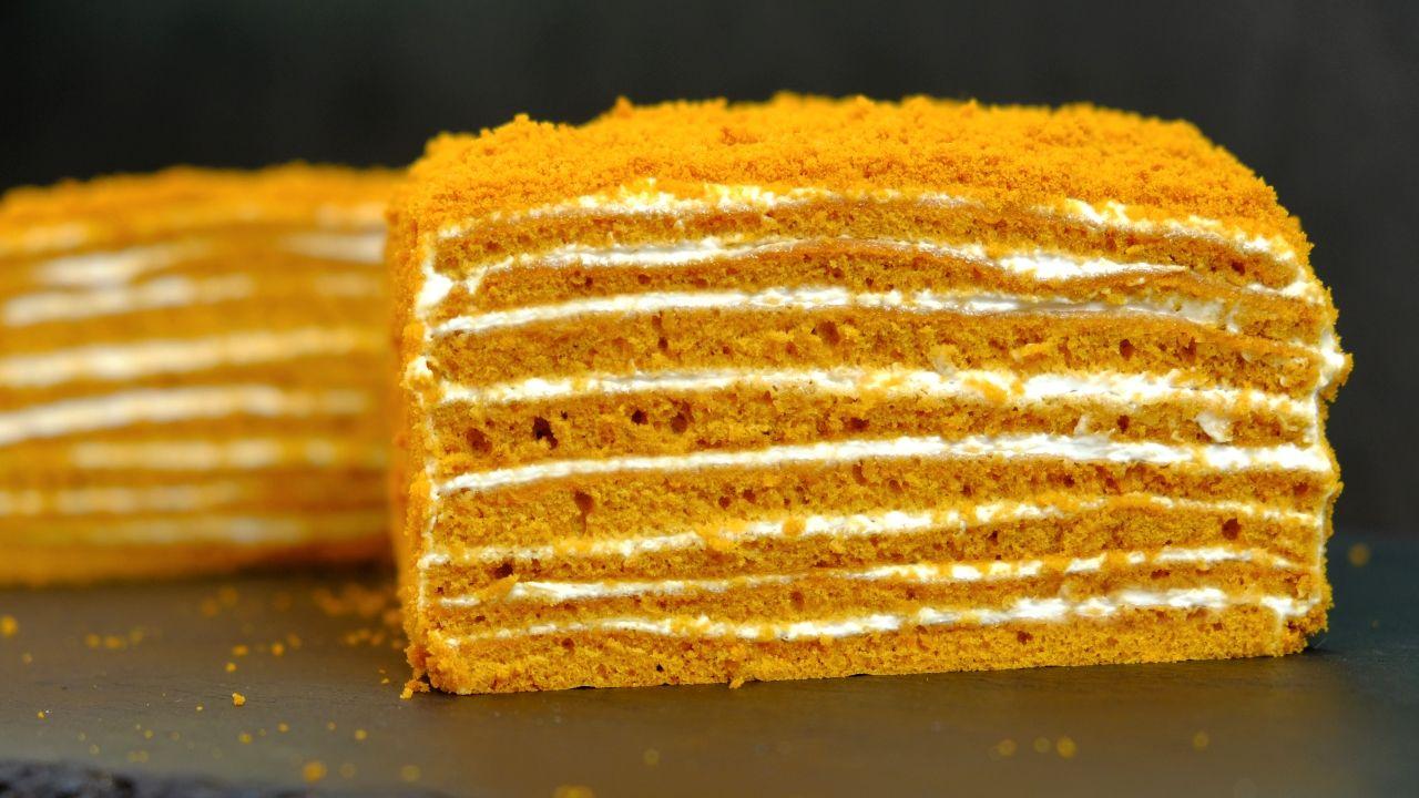 Медовик за 30 минут без раскатки коржей   Вкусные торты ...