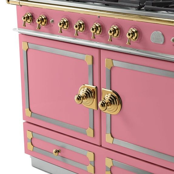 La Cornue Cornufe 110 Range Suzanne Kasler Collection Liberte In 2020 La Cornue Pink Kitchen Appliances La Cornue Stove