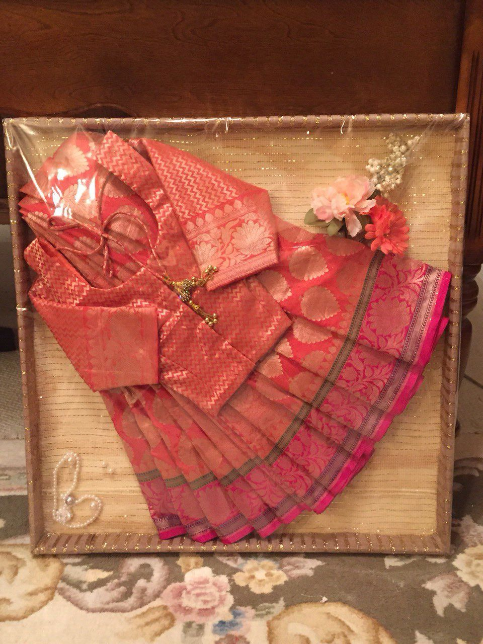 Saree dala for bengali bride 39 s engagement tanzir weds for Wedding gift decoration