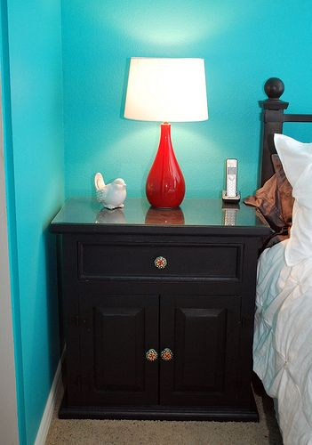 Dying To Paint Our Knotty Pine Bedroom Set! Love The Blue, Black And Red  Lamp!