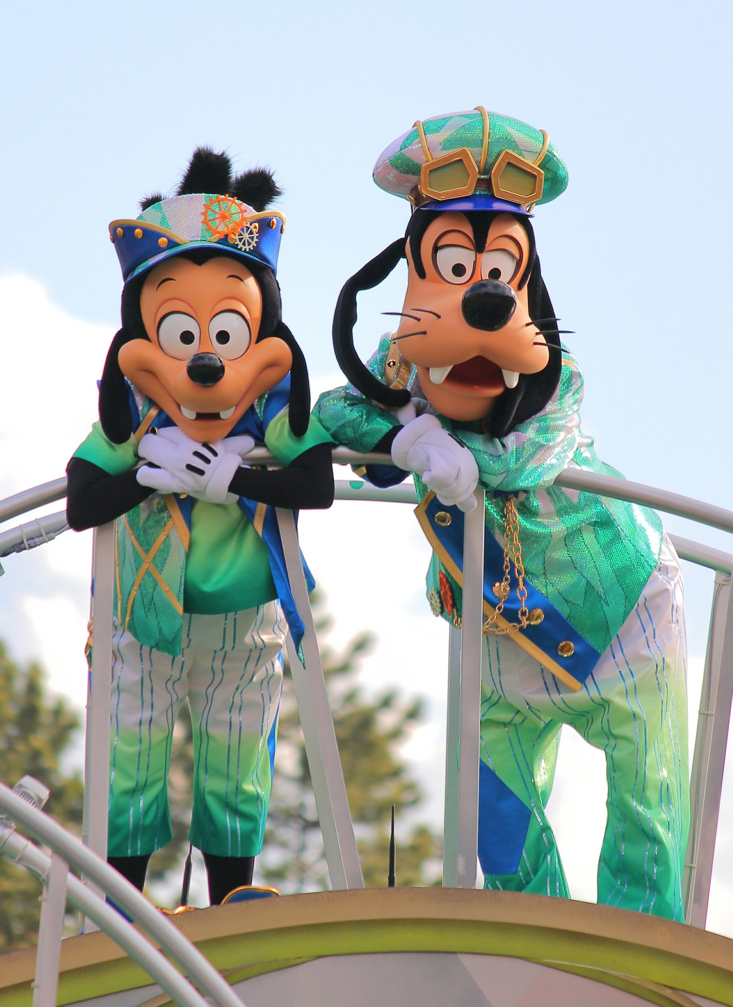 Goofy and his son, Max